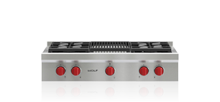 Wolf 91 cm Sealed Burner Rangetop - 4 Burners and Infrared Chargrill ICBSRT364C